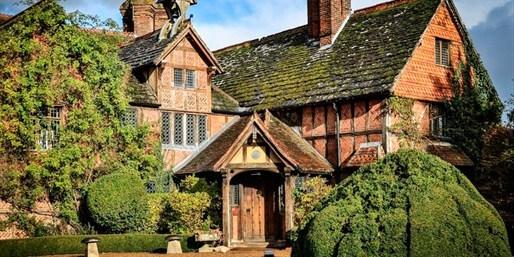 £169 -- 'Elegant' Surrey Manor w/Dinner & Upgrade, Was £308