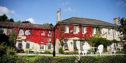 £79 -- Welsh Georgian Country House Break w/Meals, Save 41%