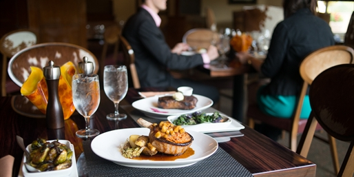 JW Marriott: Steakhouse Feast at Meritage for 2-8, Save 40%