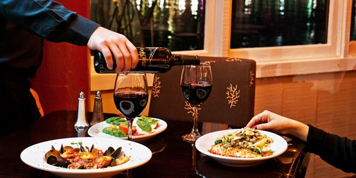$35 -- Waterfront Italian Dinner w/Wine in Alameda, Half Off