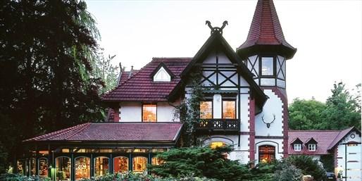138 € -- Romantisches Jagdhaus bei Hamburg mit Menü, -43%