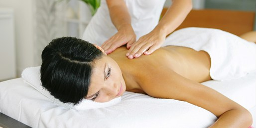 $99 - Custom Spa Package w/Bubbly at Roswell Spa, Reg. $245