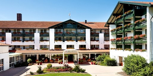 149 € -- 3 Tage Bad Griesbach mit HP, Therme & Massage, -45%