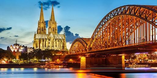 9,50 € -- Mittelalterliche Köln-Tour mit Nachtwächter, -52%
