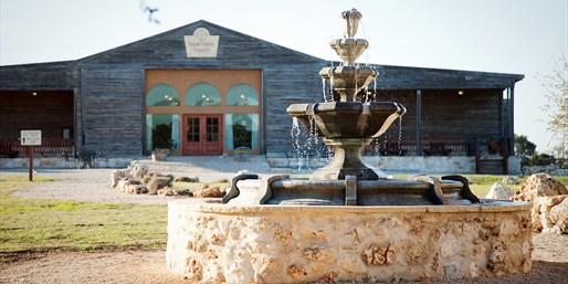 $39 -- Hill Country Vineyard: Tour & Picnic for 2, Reg. $76