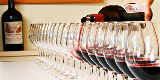 $15 -- Florida Estates: Wine Tasting for 2, Save 50%