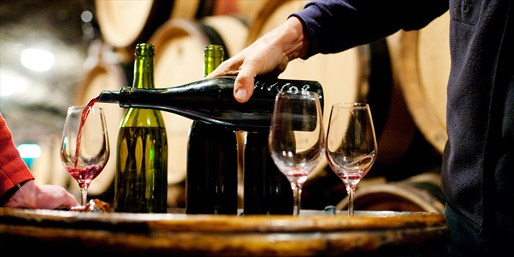 $19 -- Award-Winning Vineyard: Tour & Tastings for 2
