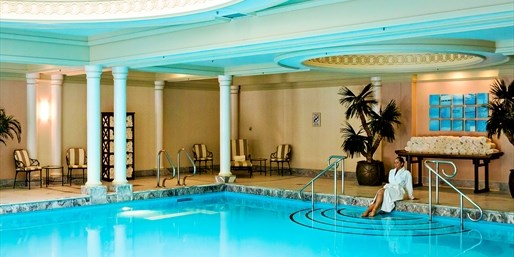$59 & up -- Four Seasons: Luxe Spa Packages w/Bubbly & Pool