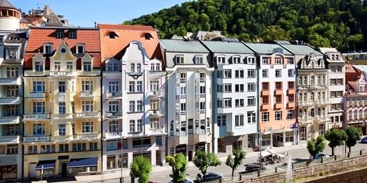 249 € -- Karlsbad: Frühlings-Wellnesstage für 2 mit HP, -58%