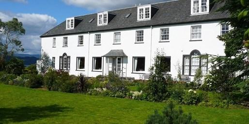 £69 -- Loch Fyne Retreat with Breakfast, Was £150