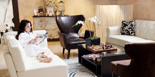 $39 -- Meridian Day Spa: Massage w/Amenity Access, Reg. $70