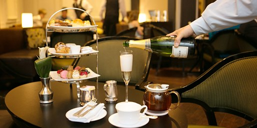 NYC: Afternoon Tea at 5-Star The Pierre, A Taj Hotel