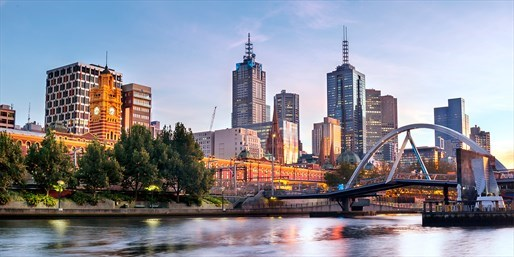 £55 -- Melbourne Apartment Stay w/Wine, 36% Off