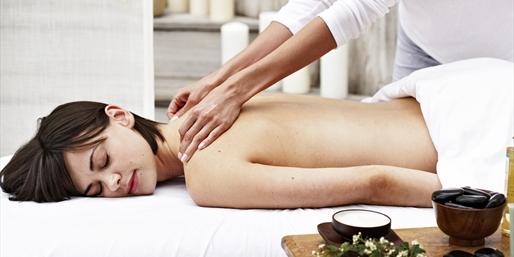$39 -- Thornhill Spa: Massage & Facial, Reg. $133