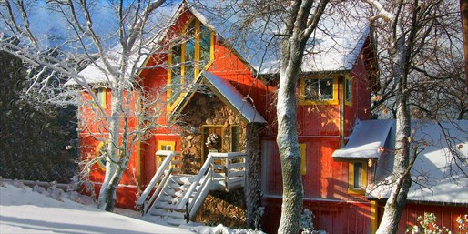 $249 -- Lake Arrowhead 2-Nt. Cabin Escape through Ski Season