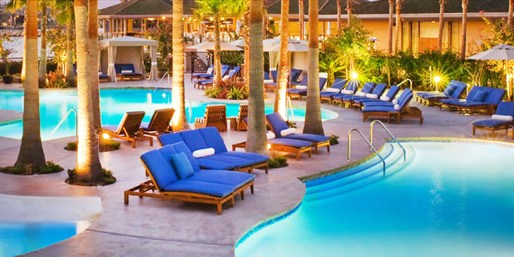 $99 -- Hyatt Mission Bay: Spa Day w/Pool & Wine, Reg. $180