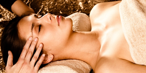 $39 -- Traditional Thai Spa: Hourlong Massage, Reg. $85