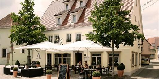198 € -- Gourmet-Auszeit für 2 mit 5-Gang-Menü & Wein, -38%