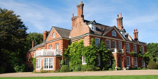 £139 -- Norfolk Georgian Country House w/Meals & Upgrade