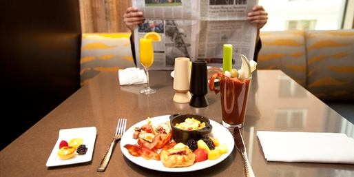 $29 -- Magnificent Mile Brunch w/Cocktails for 2, Reg. $50