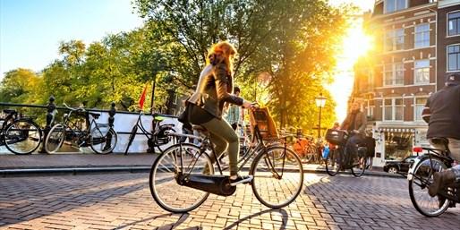 £94pp -- Amsterdam City Break w/Flights & Canal Cruise