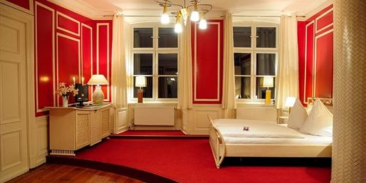 79 € -- Stralsund-Tage im schicksten Hotel mit Menü, -41%