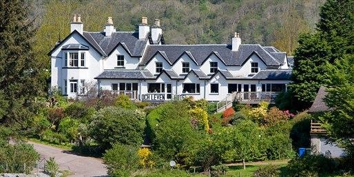 £79 -- Scottish Lochside Break w/Meals & Cream Tea, Save 47%