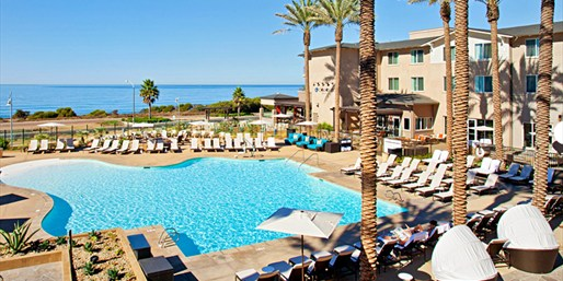 Hilton Carlsbad: Oceanfront Spa Day w/Lunch & Bubbly