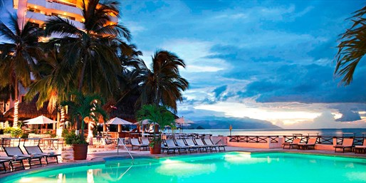 $278 -- Puerto Vallarta 4-Night Beach Escape, 50% Off
