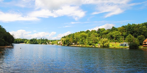 $89 -- Berkshires Lakeside Escape w/Breakfast, Save 45%