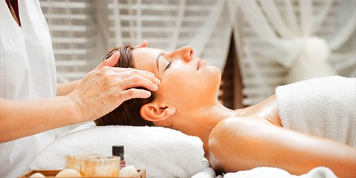 $49 -- 60-Minute Holistic Facial in Midtown, Save $100