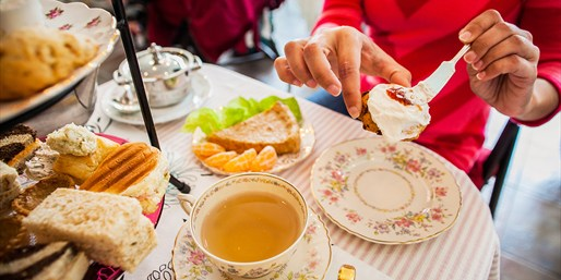 $39 -- Afternoon Tea & Lunch for 2 at Haute Living Pick
