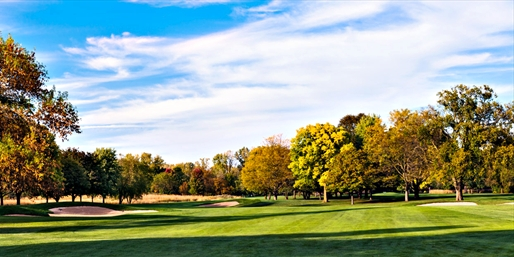 $89 -- Lake Forest: Round of Golf for 2 w/Drinks, Reg. $166