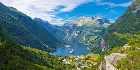 969€ -- Fiordos noruegos: viajazo 8 días con visitas, -46%