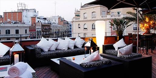 4-Star Boutique Barcelona Stay w/Breakfast, Wine & Tapas
