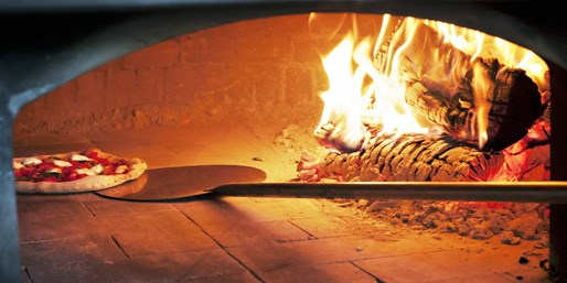 Tocco: Award-Winning Wood-Oven Pizza & Wine for 2-4, 50% Off