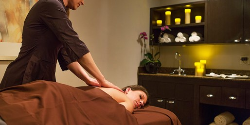 Ritz-Carlton: Spa Day w/Massage & Bubbly, Save 40%