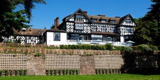 £99 -- 'Elegant' Laura Ashley Hotel Stay in Herts