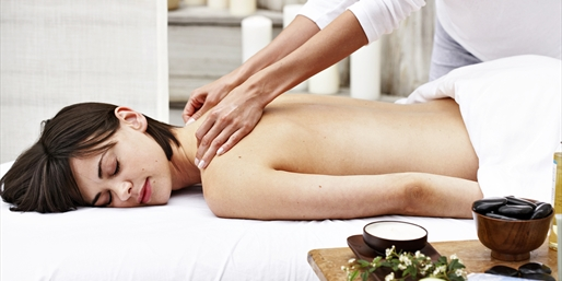 $55 & up -- Walnut Creek: Massage Packages w/Pool & Gym