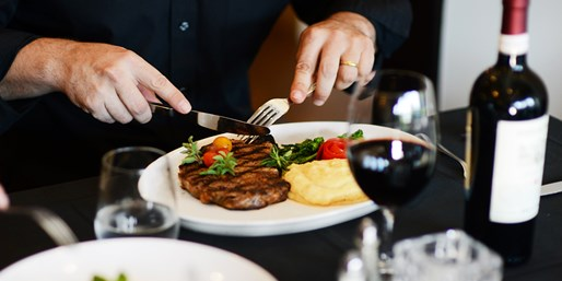 $25 -- Top-Rated Italian Dinner & Drinks for 2, Save 50%