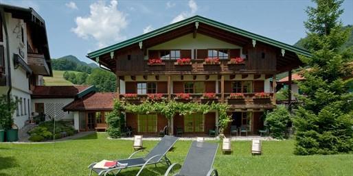 69 € -- Auszeit im Chiemgau mit Halbpension, -41%
