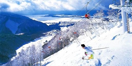 ¥22,400 -- 手ぶらで行けるスキーツアー 新幹線+宿+リフト券