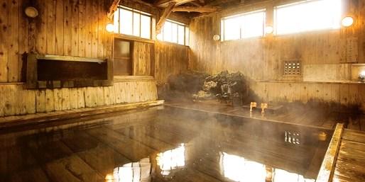 ¥26,900 -- 新幹線代より安い 青森5つ星の宿2食+温泉付2日間ツアー 期間限定