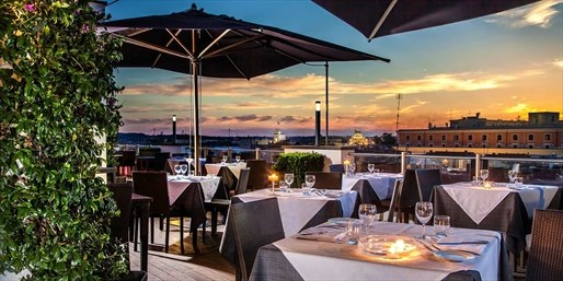 £110 -- Luxury Rome Stay for 2 w/Prosecco & More