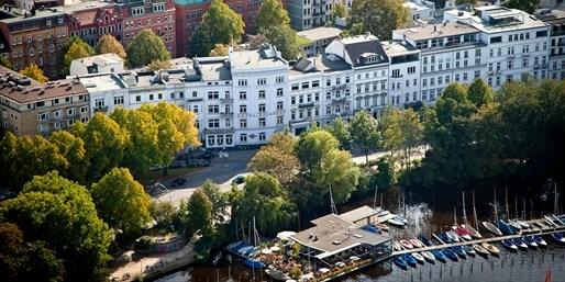 99 € -- Hamburg: 3 Tage an der Alster mit Menü, -44%