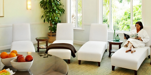 $129 -- Turnberry Salon: Mani/Pedi, Blowout & Lunch, 45% Off