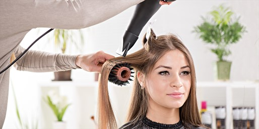 $29 -- Top-Rated Blowout w/Scalp & Hand Massage, Reg. $60