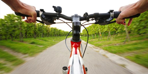 $78 -- North Fork Wineries: Bike Tour thru Summer, Reg. $158