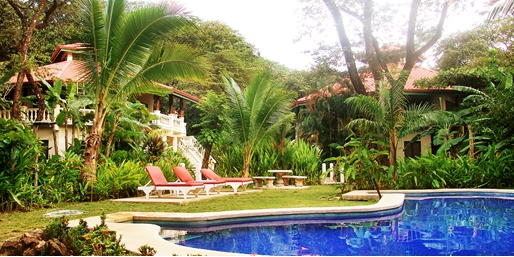 Travelzoo Deal: $525 -- Costa Rica: 3-Nt. Surf Escape w/Meals & Activities
