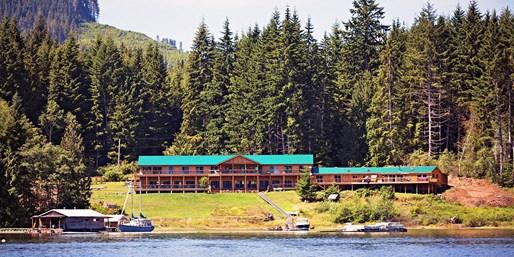 Vancouver Island 2-Night Trip w/Meals, Reg. $880